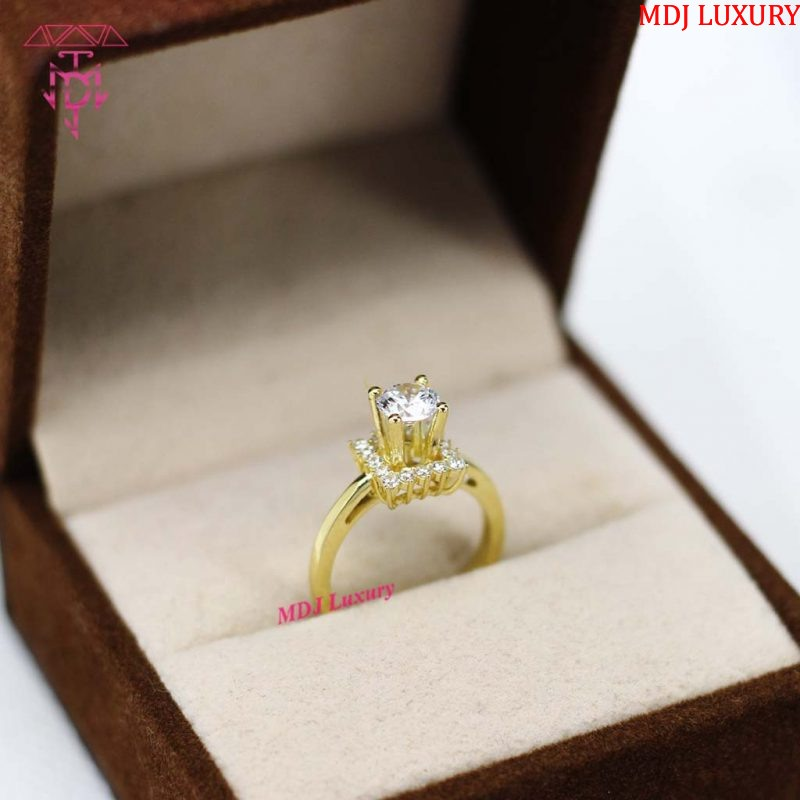 Nhẫn vàng nữ độc lạ NUK08 Nhẫn vàng nữ độc lạ NUK08 Nhẫn vàng nữ